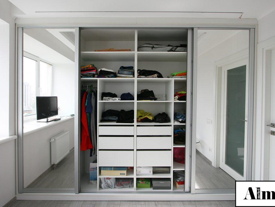 Встроенные шкафы: их преимущества и особенности конструктива